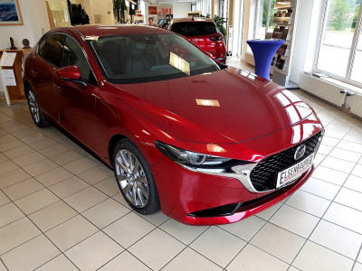 Mazda Mazda 3 Sedan Skyactiv G122 Comfort+/SO/PR/ST/TE bei BM || Autohaus Elsenbaumer in