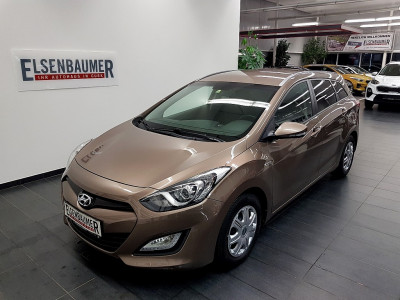 Hyundai i30 CW 1,4 CRDi Europe Plus DPF bei BM || Autohaus Elsenbaumer in
